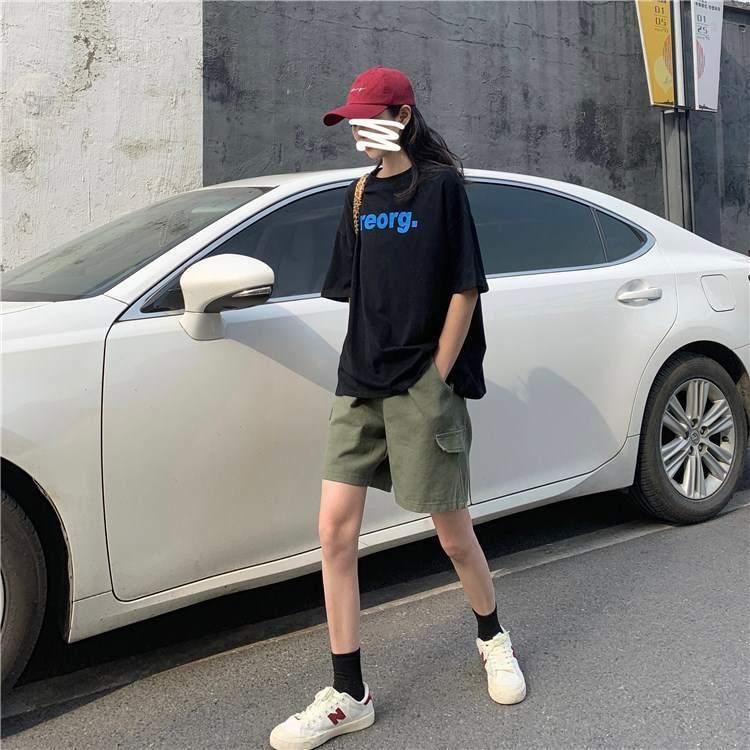 【送料無料】 最旬カジュアルコーデ♡ オーバーサイズ ロゴTシャツ & カーゴ ハーフパンツ メンズライク