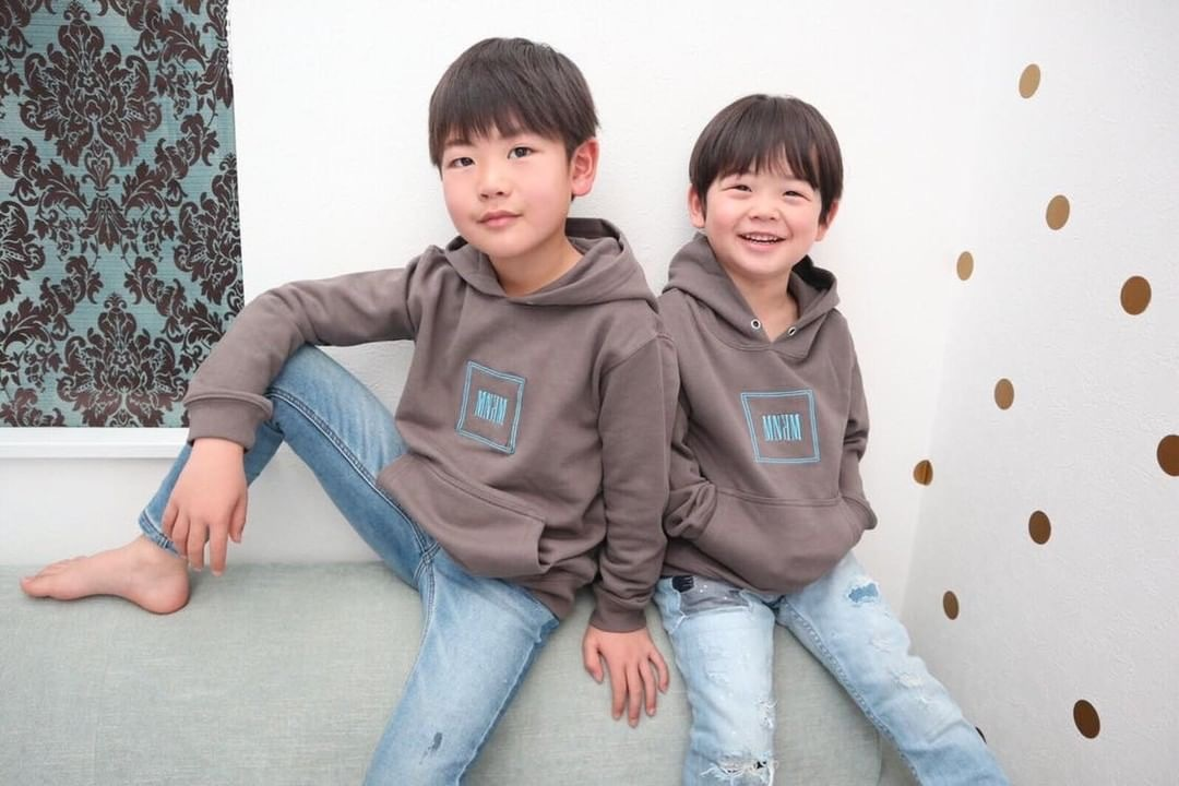 【KIDS】MNKM Embroidery Hoodie