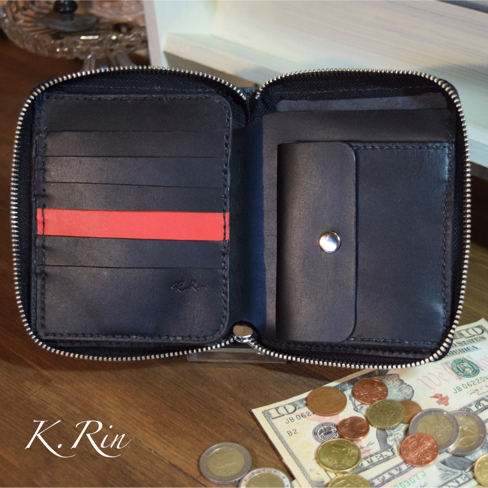 【受注制作可】カードたっぷり!ラウンドファスナーの2つ折り財布