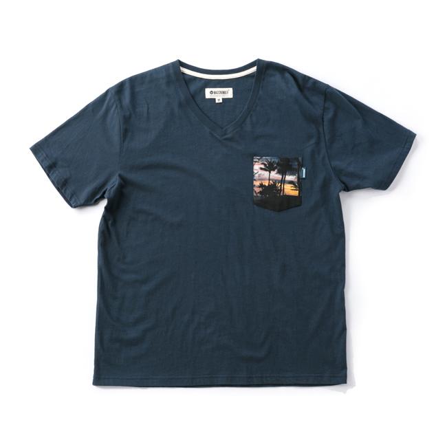 MAGIC NUMBER フォトポケット Vネック Tシャツ ネイビー