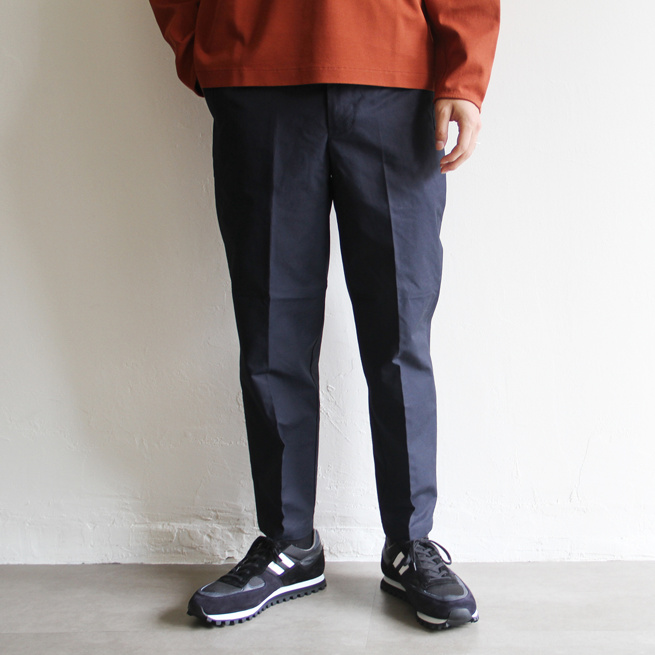 STILL BY HAND【 mens 】micro peach easy pants