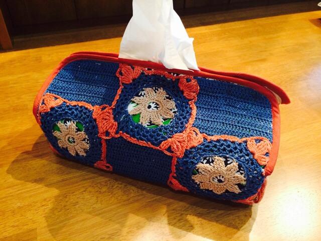 モチーフ編みティッシュケースBlue