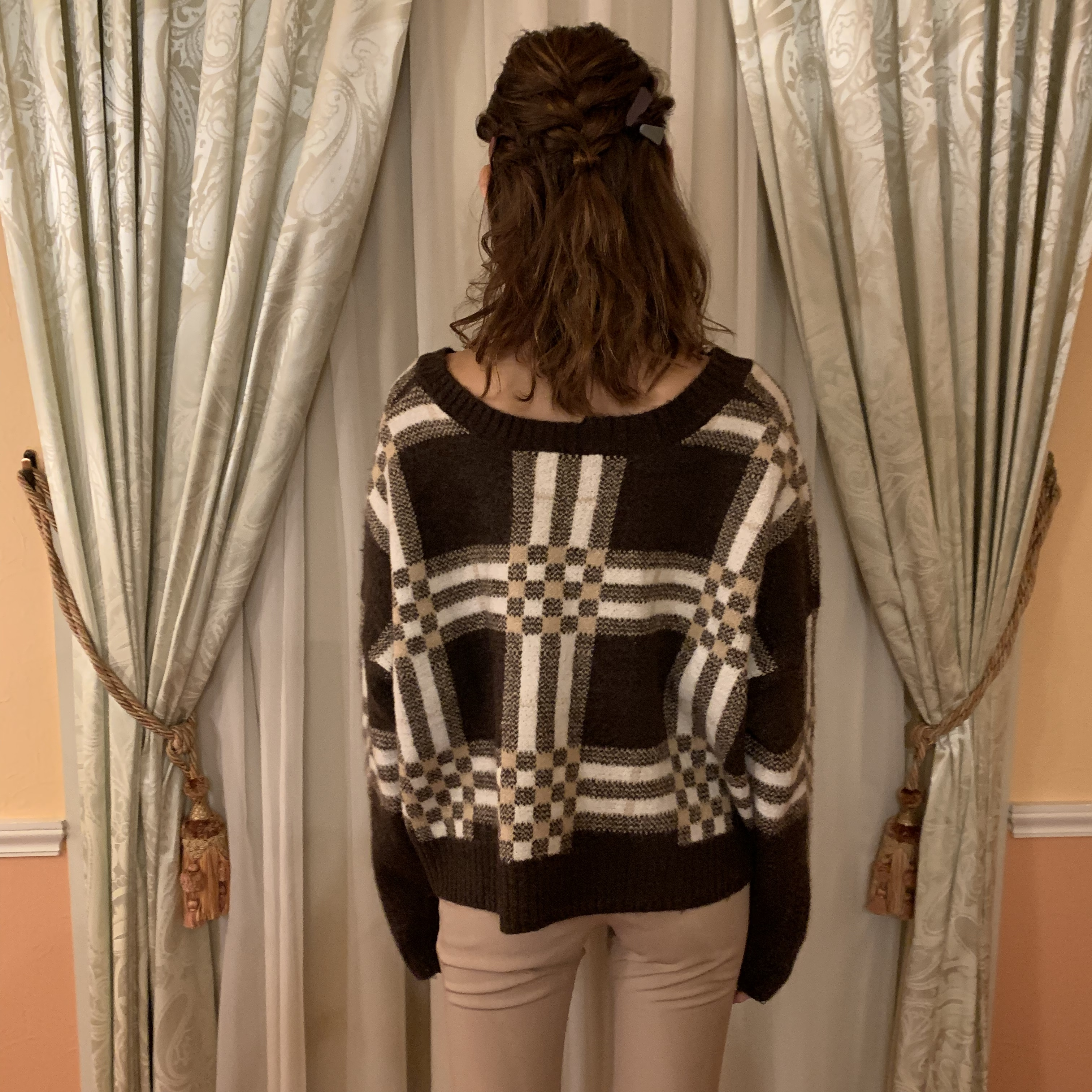 vneck check knit