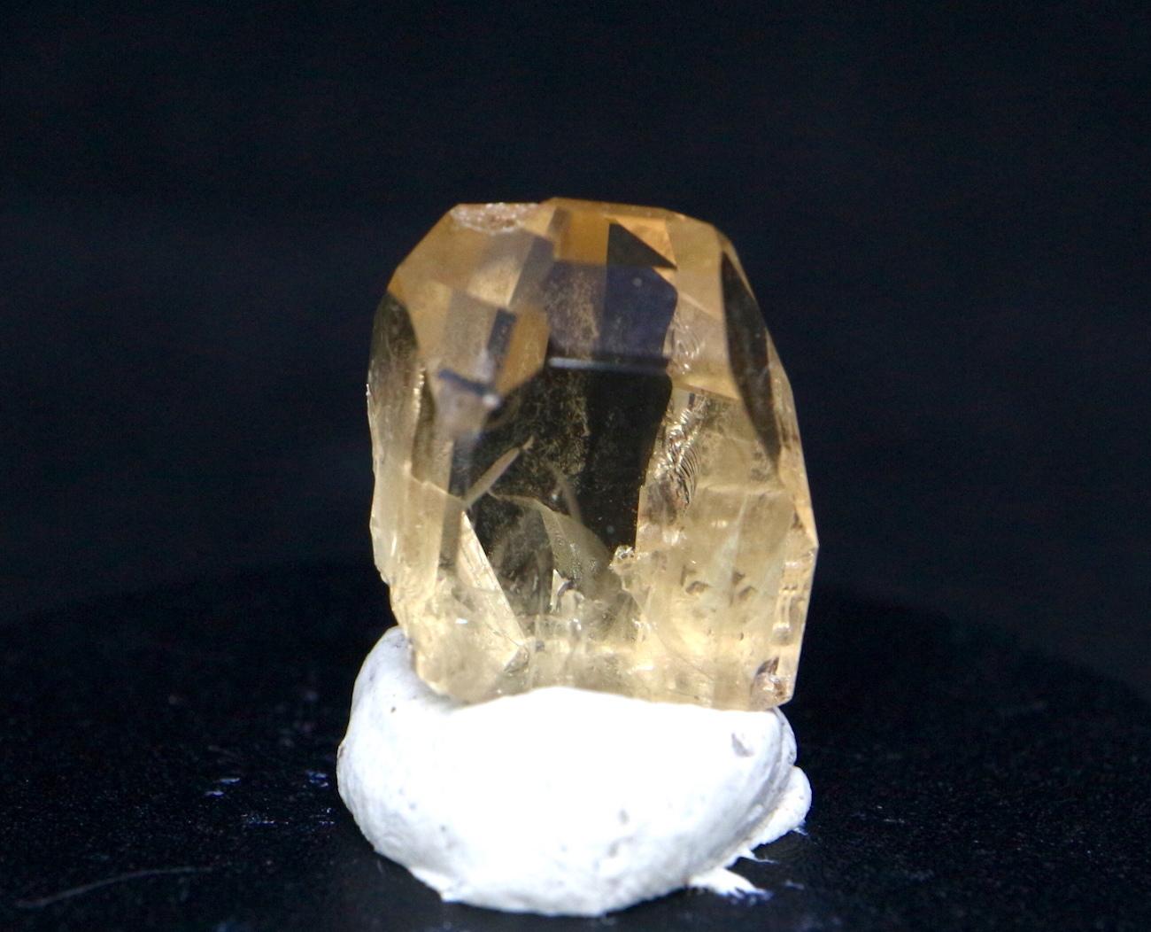 自主採掘!ユタ州産 トパーズ 1,5g 原石 標本 TZ025