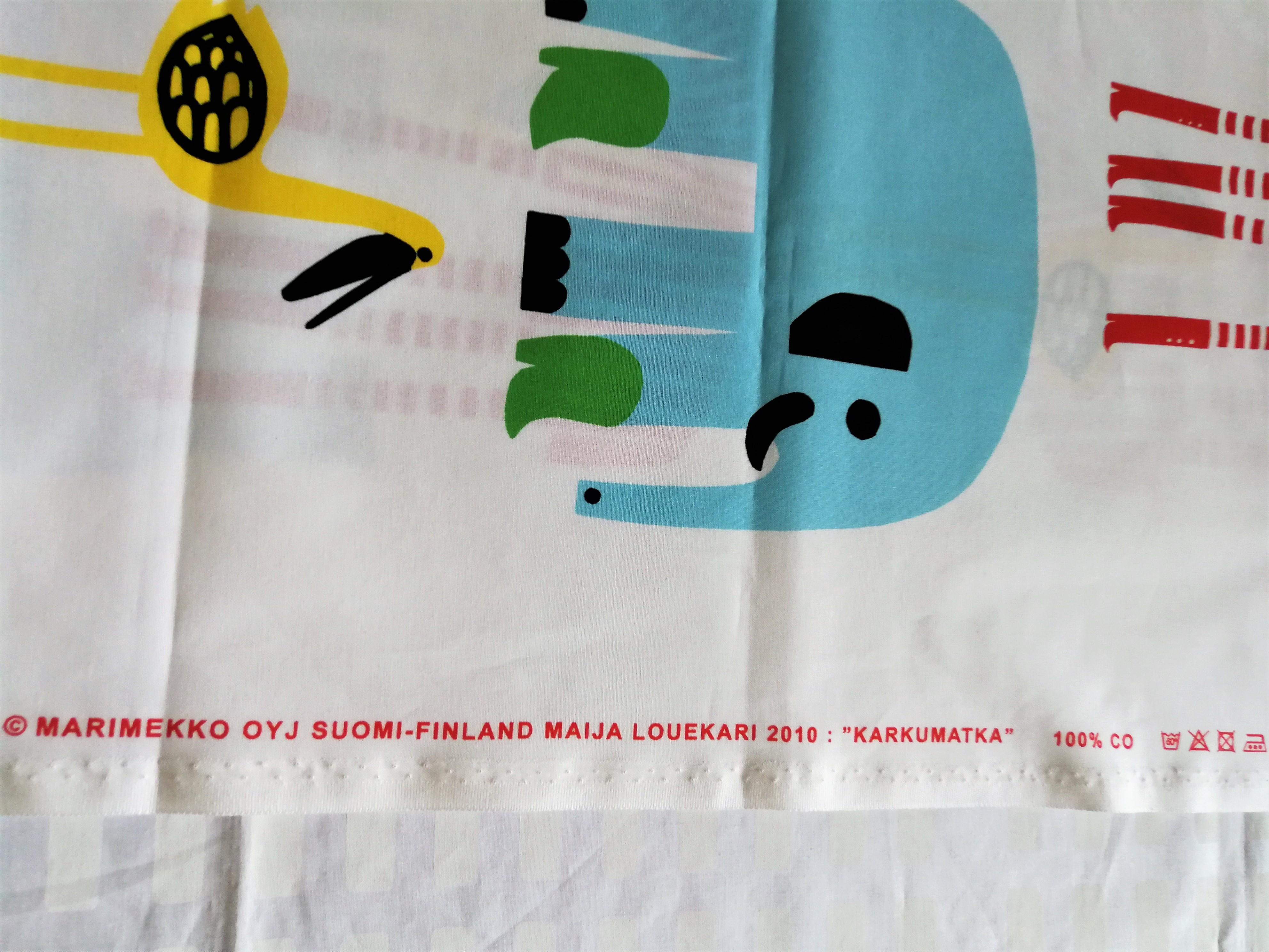 テキスタイル / マリメッコ /   KARKUMATKA カルクマトゥカ  / コットン (50cm x 73cm)