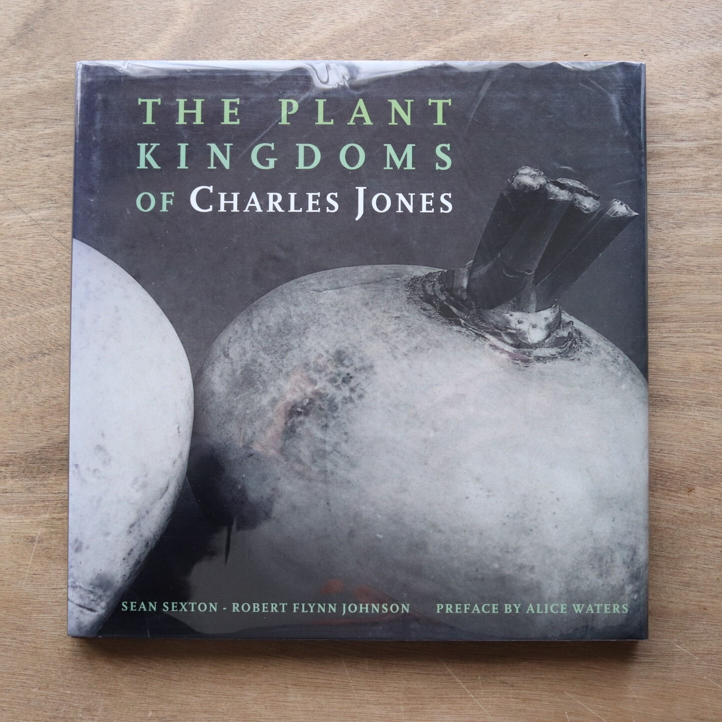 The Plant Kingdoms of Charles Jones / Sean Sexton