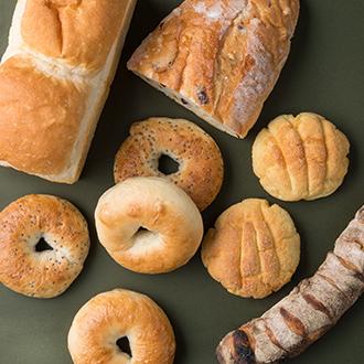 【グルマンヴィタル】薪窯で焼きあげた新麦ハルユタカの食事パン・菓子パン詰め合わせ