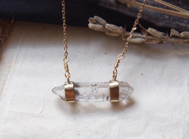 【一点物】原石クォーツのネックレス