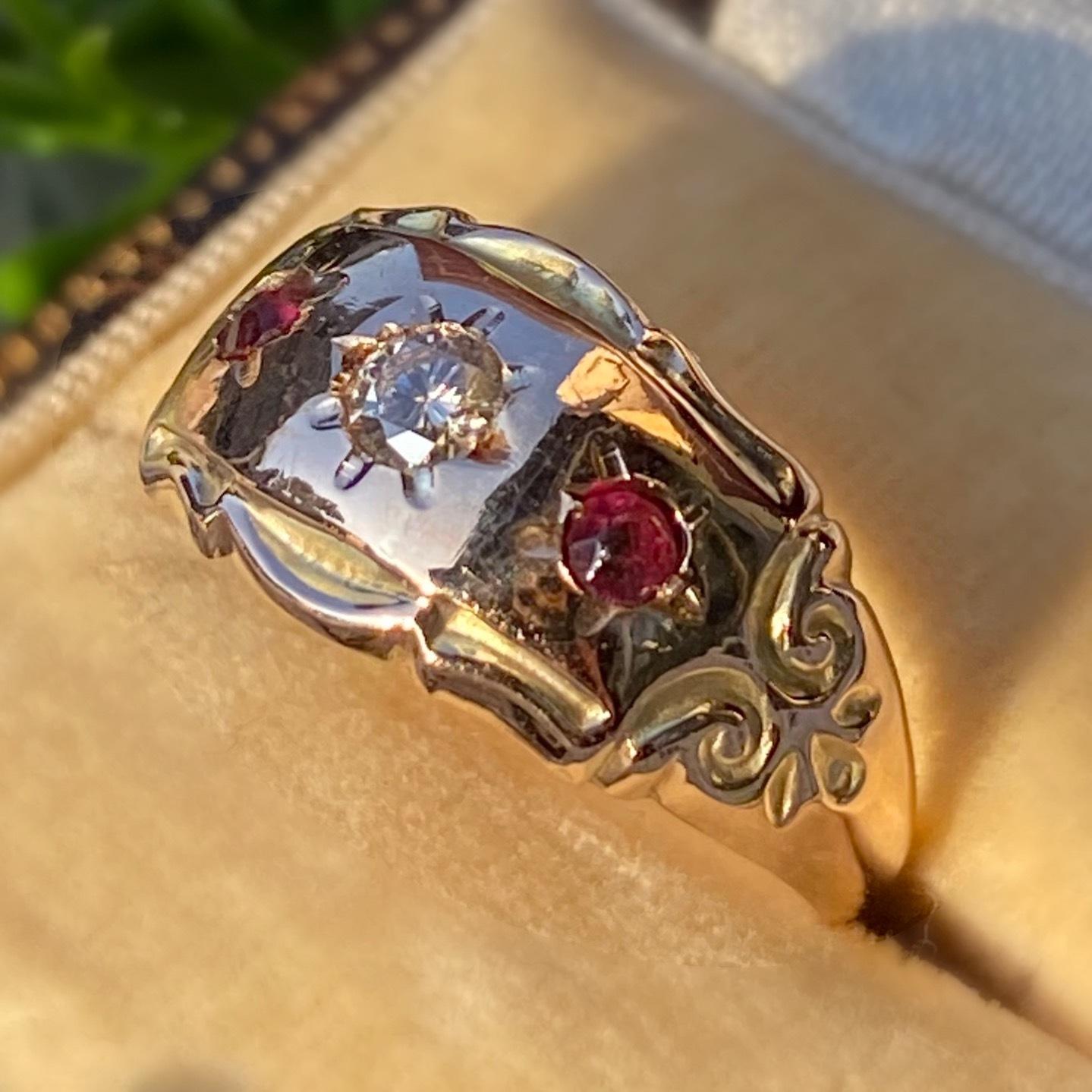 イギリス1917年製アンティークリング 指輪 ダイヤモンド ルビーペースト