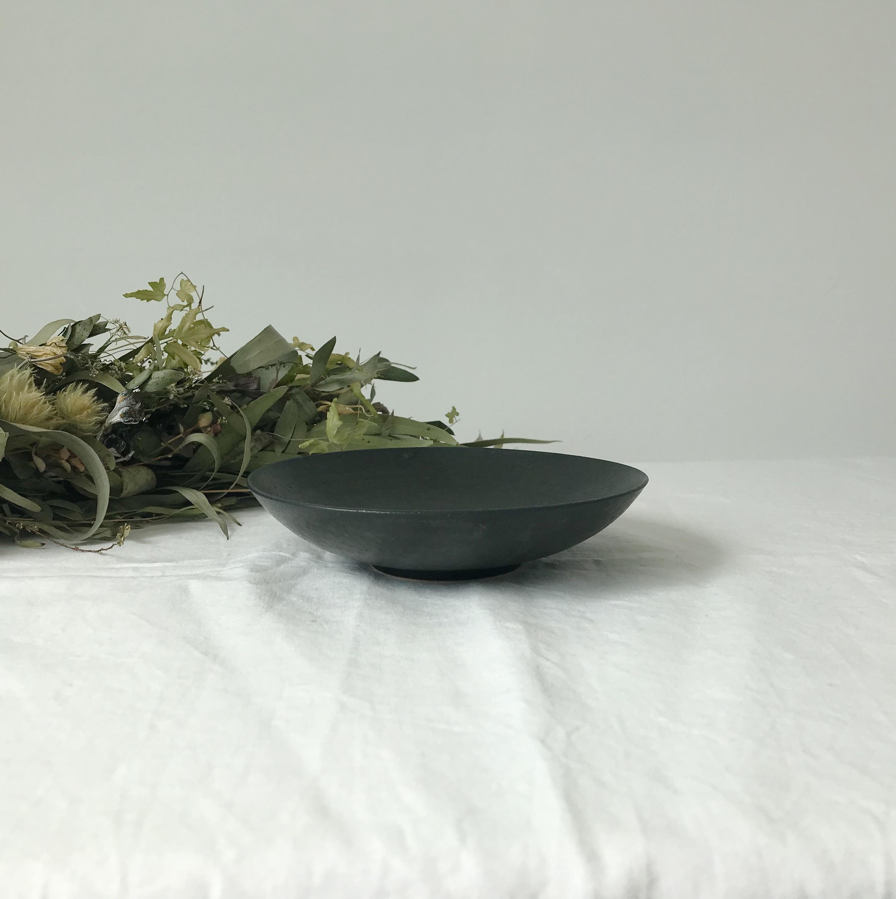 【児玉修治】 5寸鉢(M)  クロ