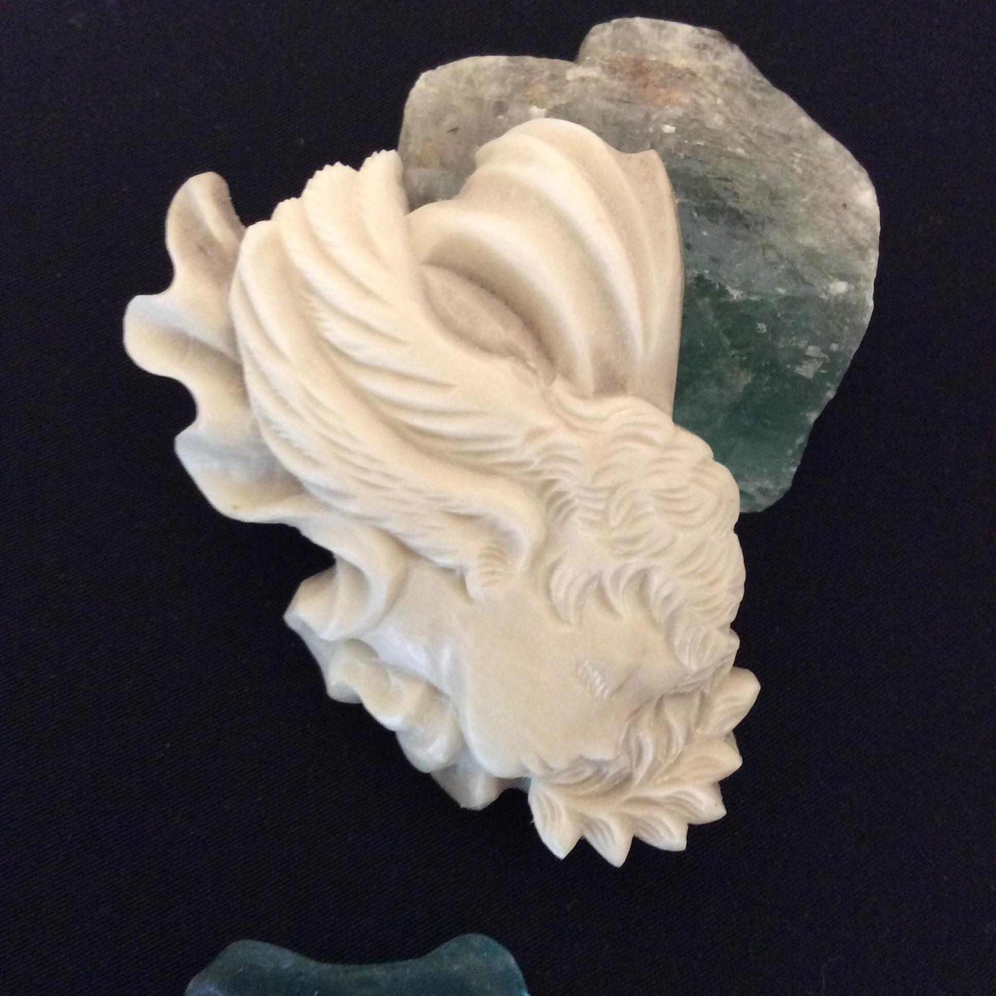 鹿骨彫刻のブローチ「sprite」 シルフ