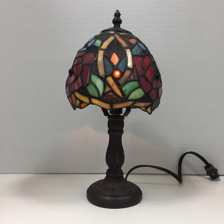 品番0396 デスクランプ ステンドグラス風 シェード 卓上照明 プラスチック樹脂製 アンティーク 011