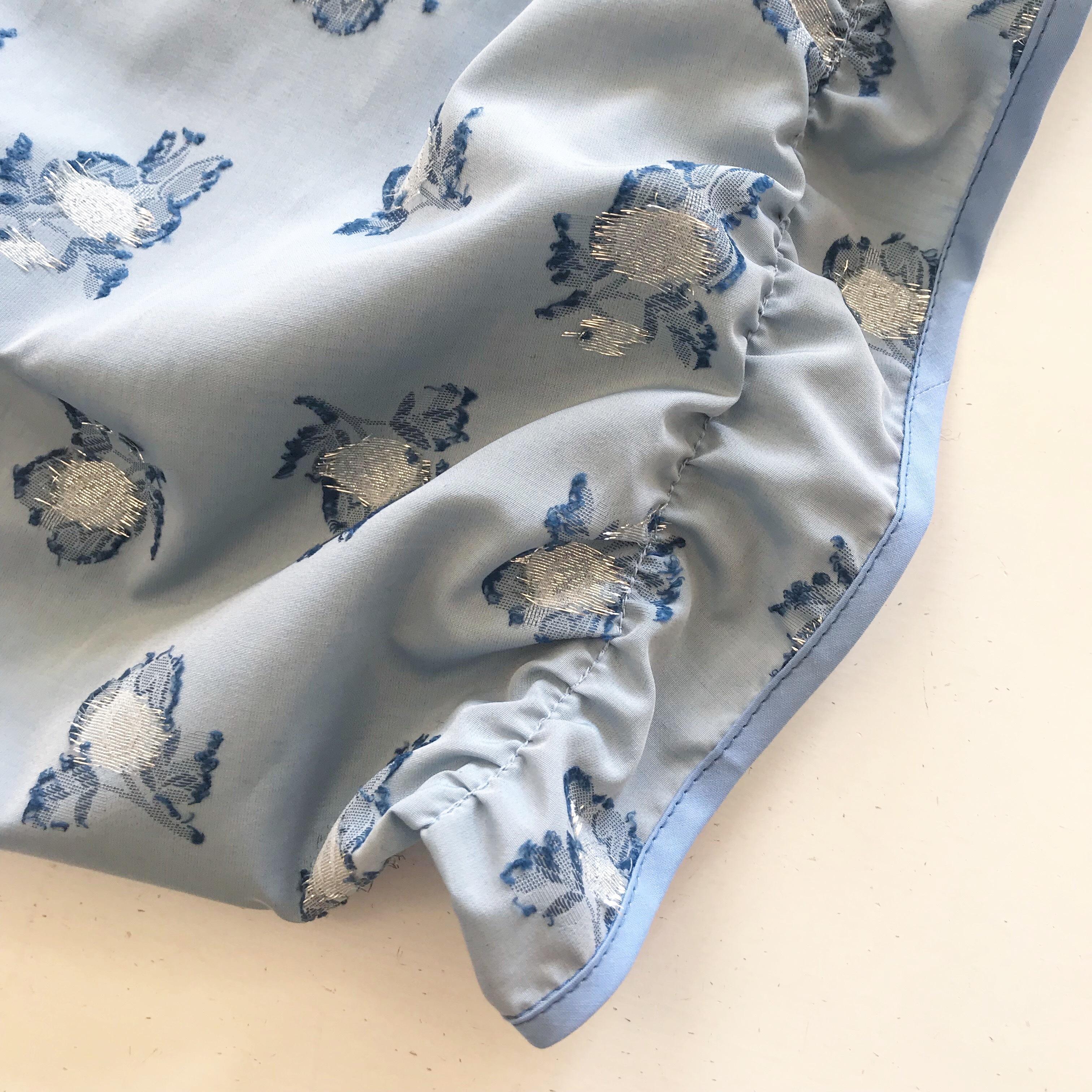 Shirring tate bag 〈blue flower×milk blue〉
