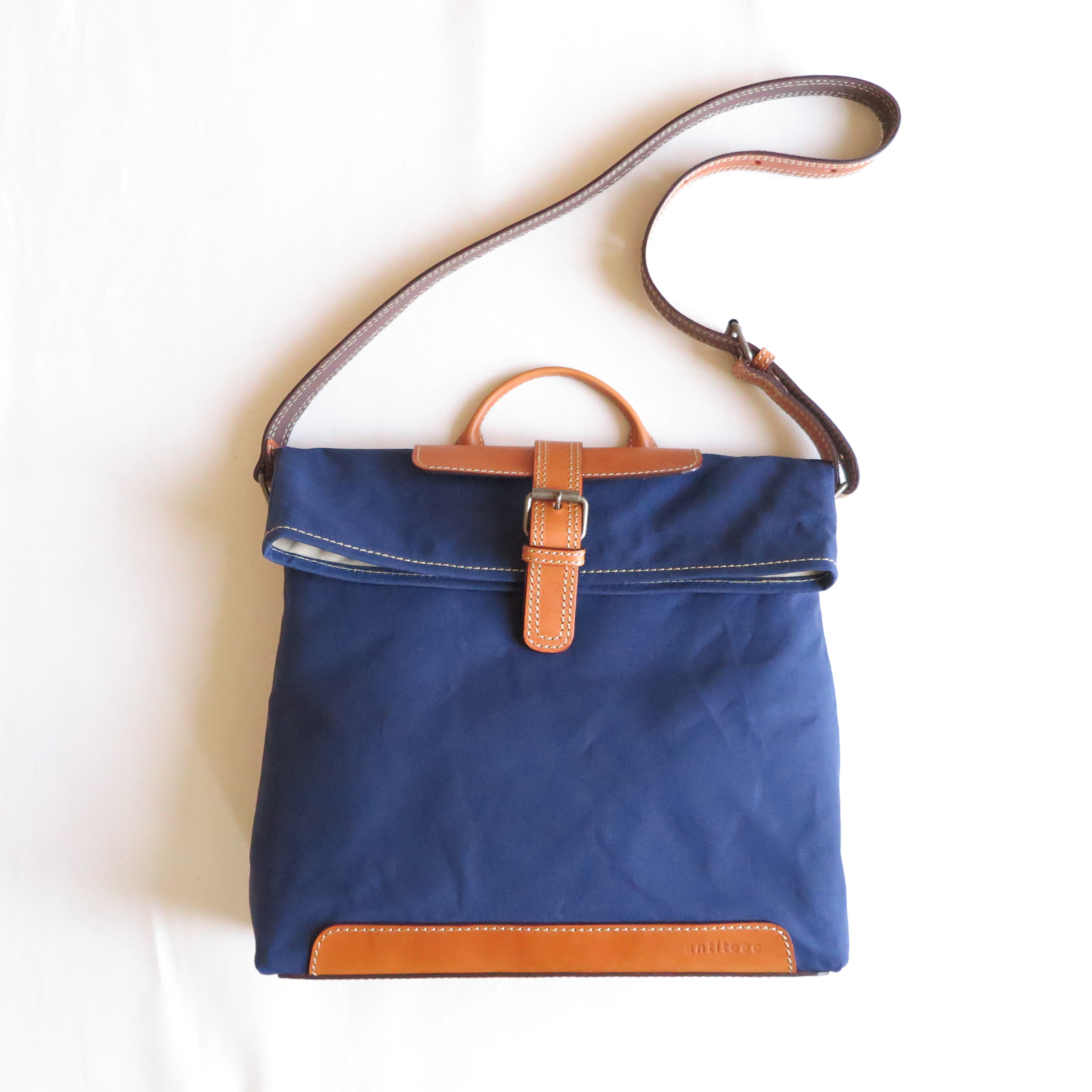 Paraffin canvas messenger bag NAVY