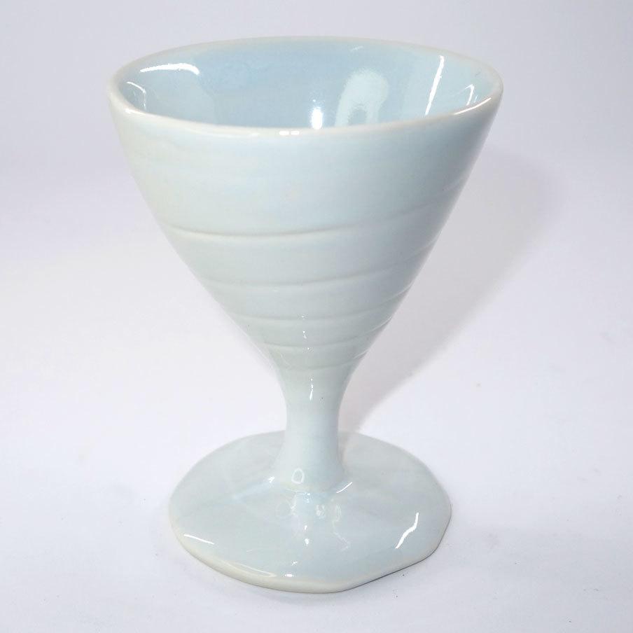 三角貝のグラス(薄よもぎ色)T-16