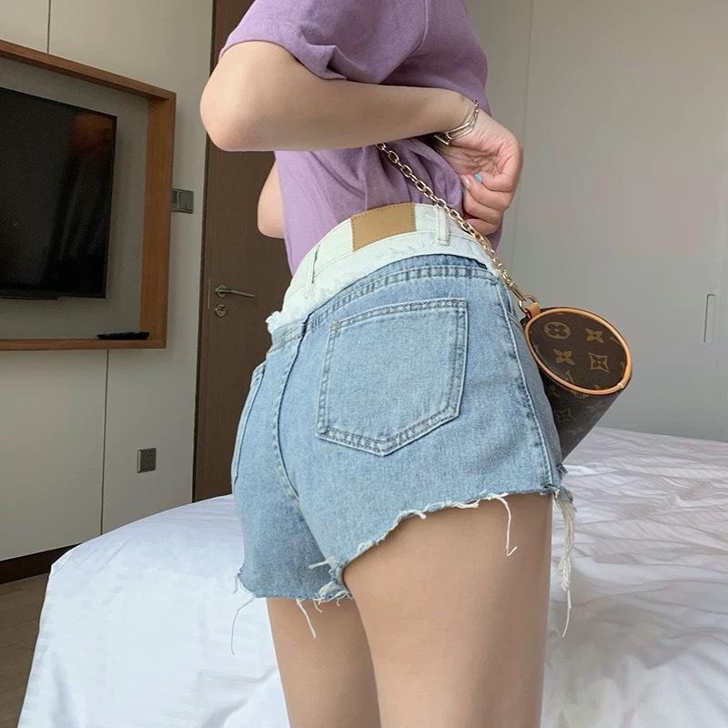 light color waist short pants