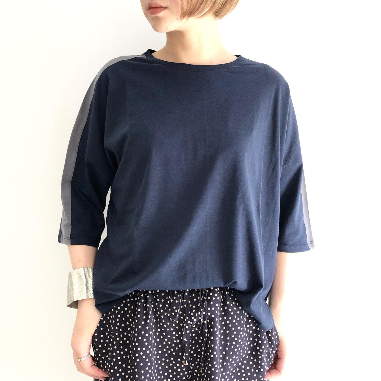 【 Noble Blanc 】ラインルーズTシャツ