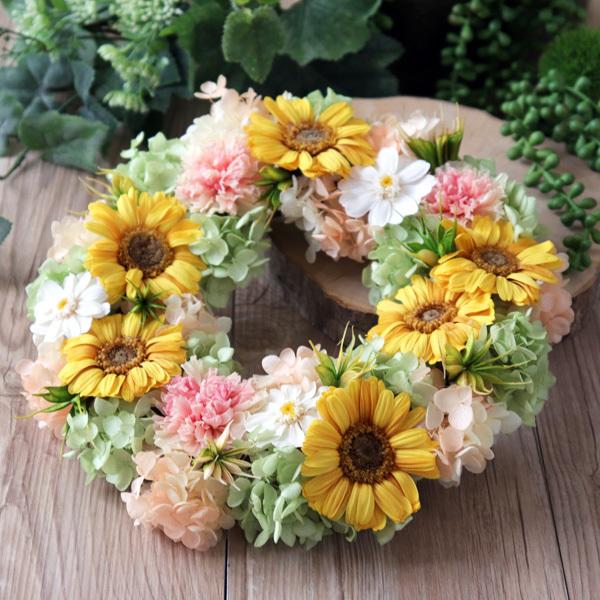 結婚式やお祝いに【プリザ】ガーベラ・カーネーション・紫陽花のリース 直径約24cm