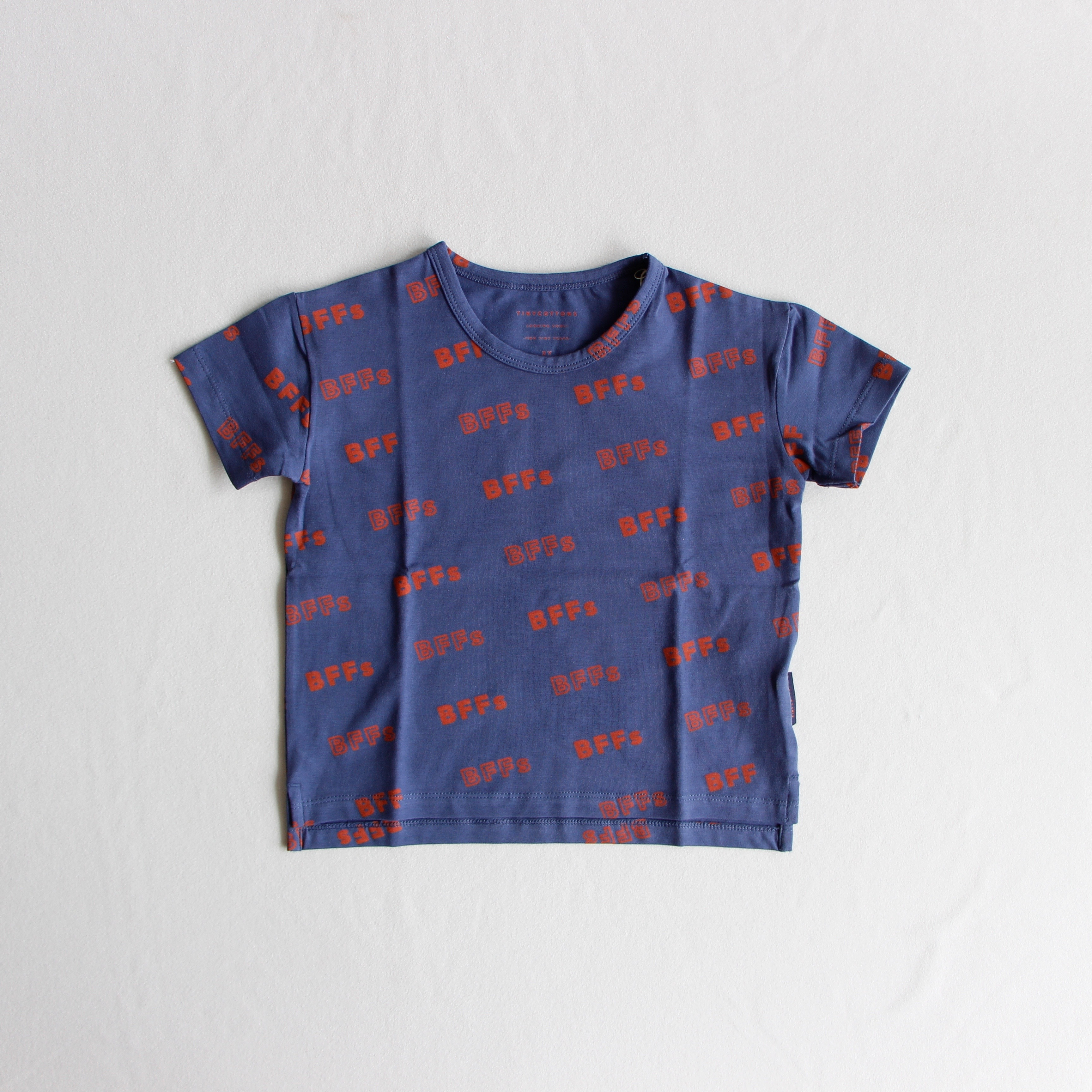 《TINYCOTTONS 2019SS》BFFs ss Tee / light navy × sienna