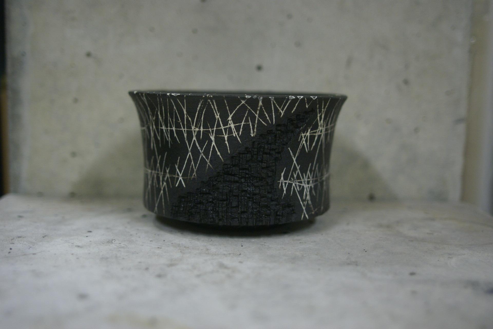 KAMAKAZE BLACK 02
