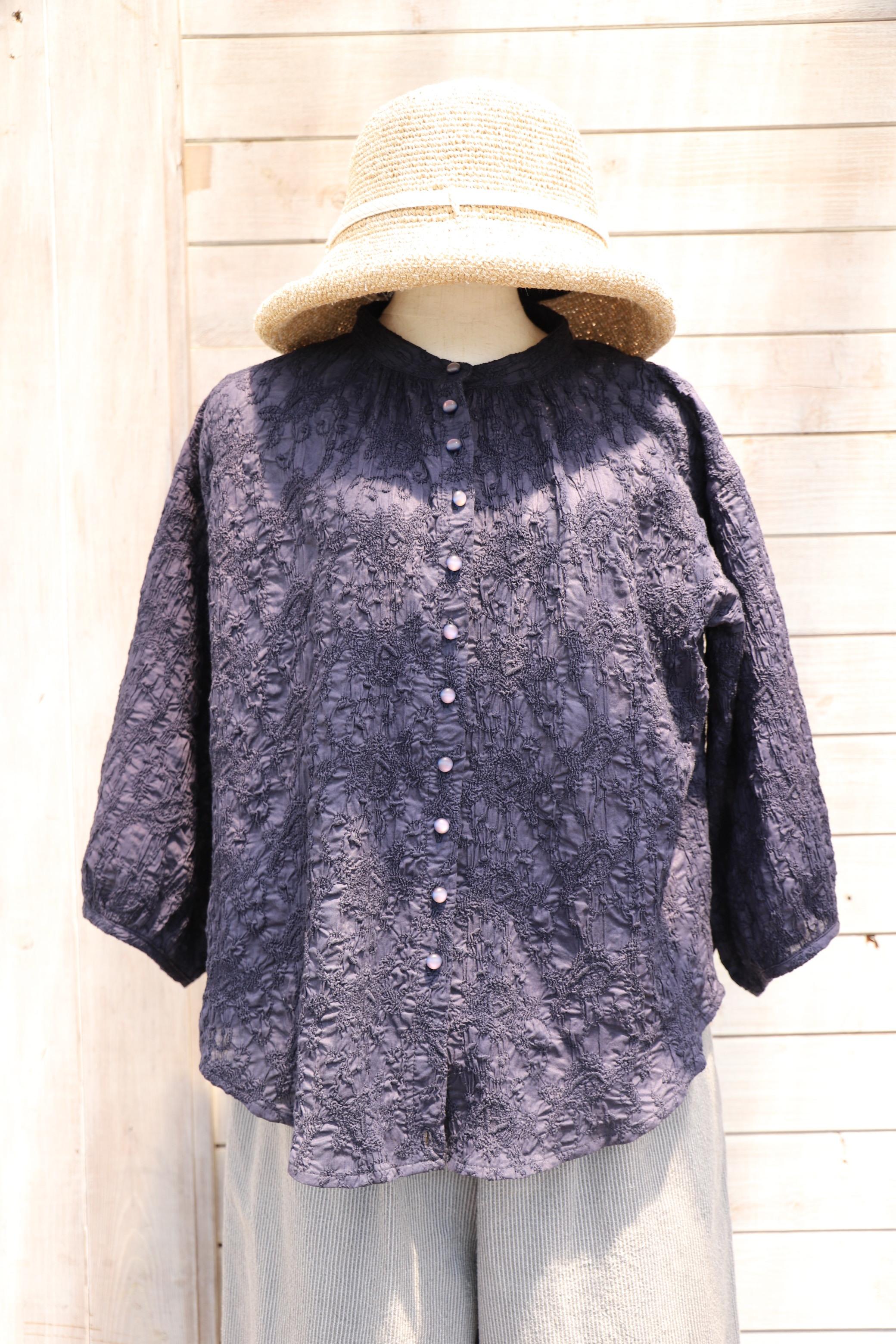 ふんわり袖ブラウス BLK14 濃紺刺繍