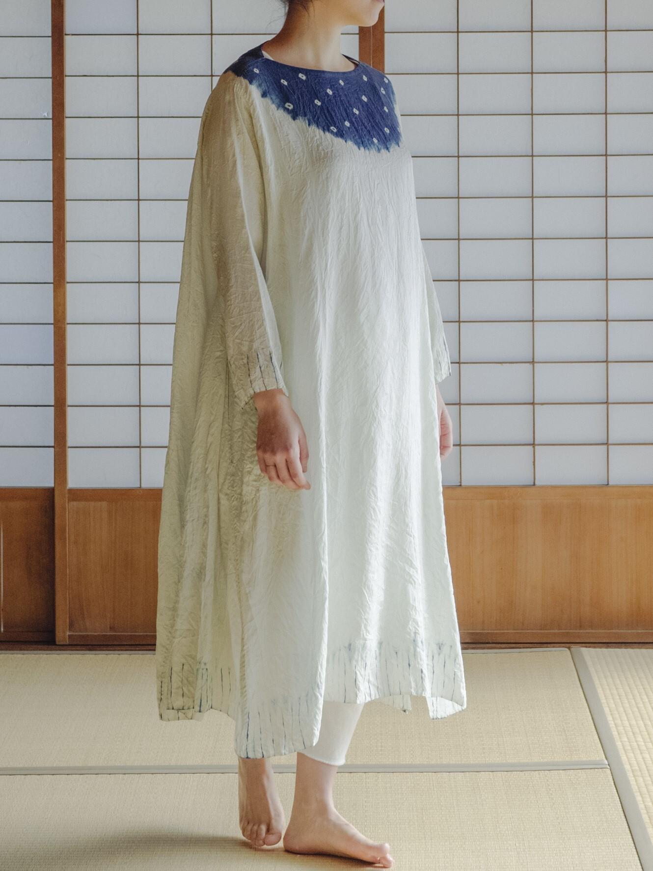 YAECA silk khadi |フレアドレス むきみ絞り