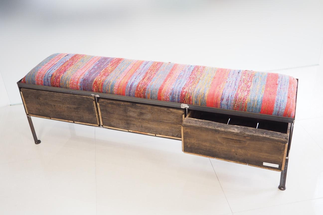 品番UNR3-107  3drawer ottoman[nerrow/ ネパール  Tribal rug]