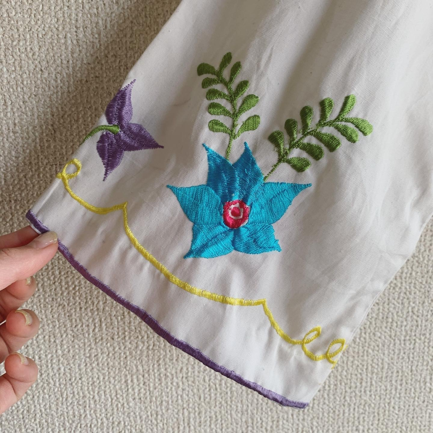【SALE】vintage short length embroidery tops