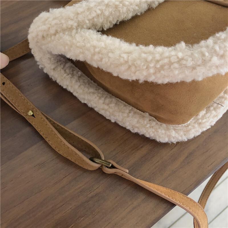 もこもこショルダーバッグ 【Mokomoko shoulder bag】
