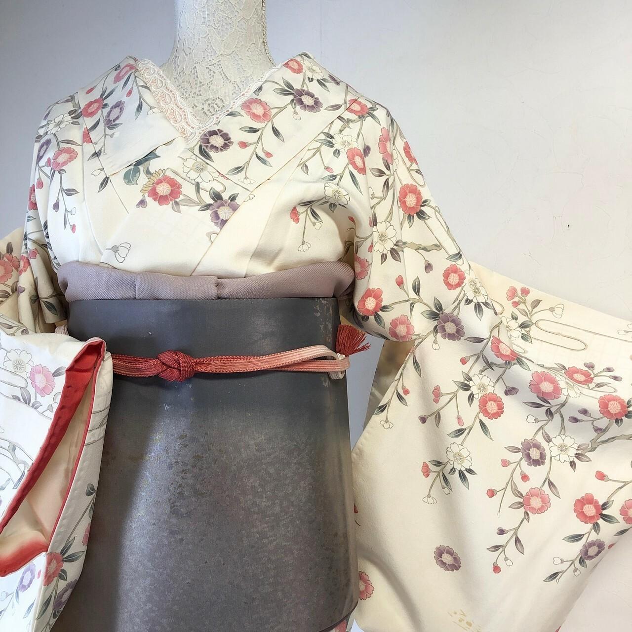【美品】訪問着 枝垂桜 はんなり華やか季節の草花 扇 節入り クリーム地 丈160.5裄66.5