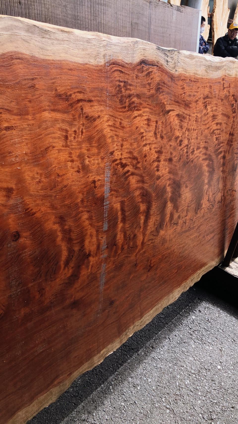 ブビンガ 玉杢 原板 3400×950×72