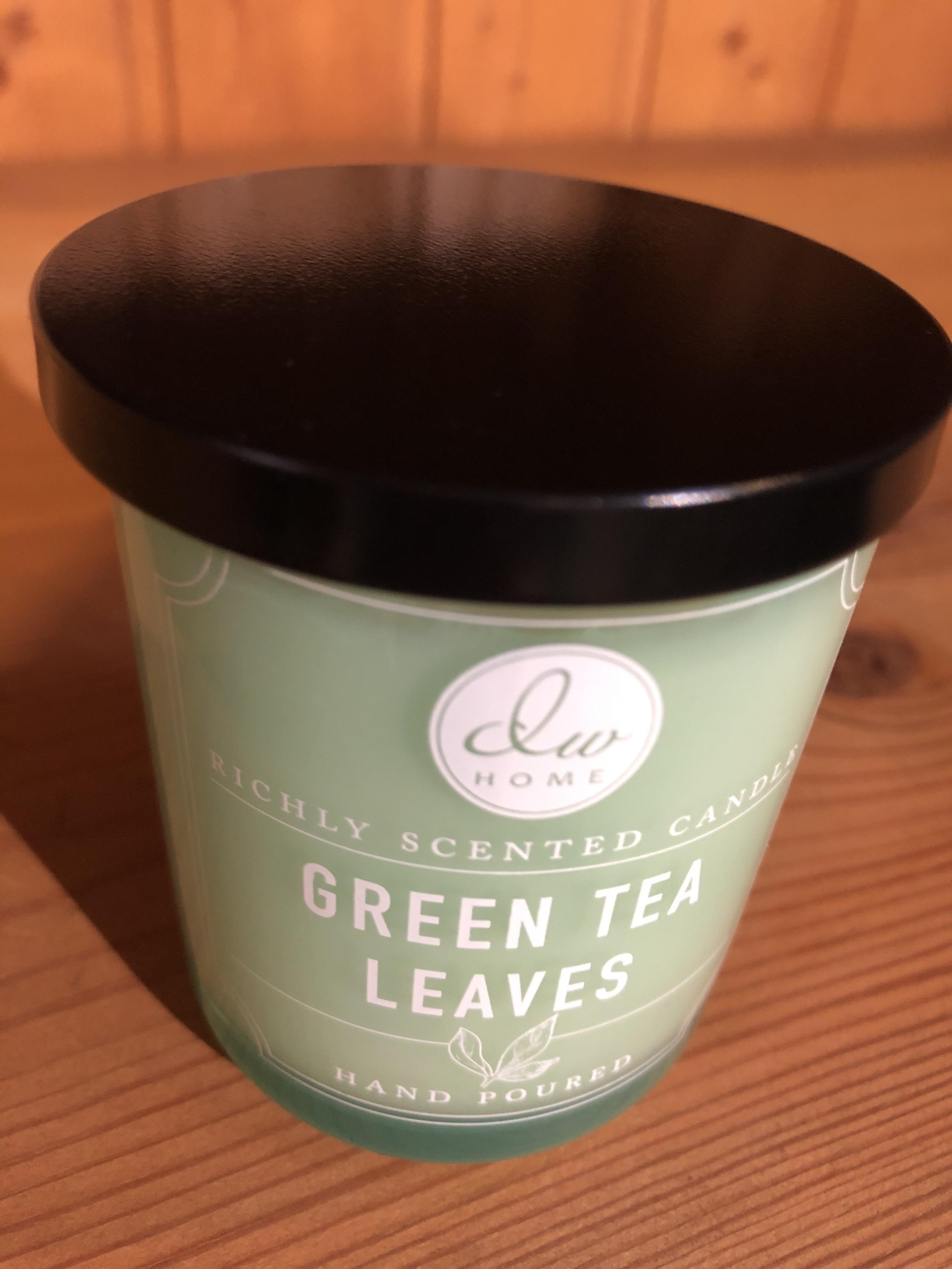 DW キャンドル 緑茶の香りは涼感満点なアロマキャンドル