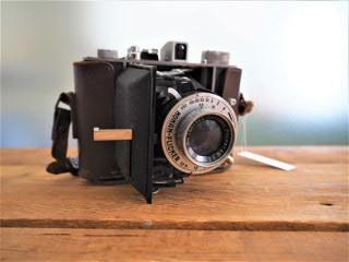 品番1192 ジャバラ折り畳みカメラ 1951年 011