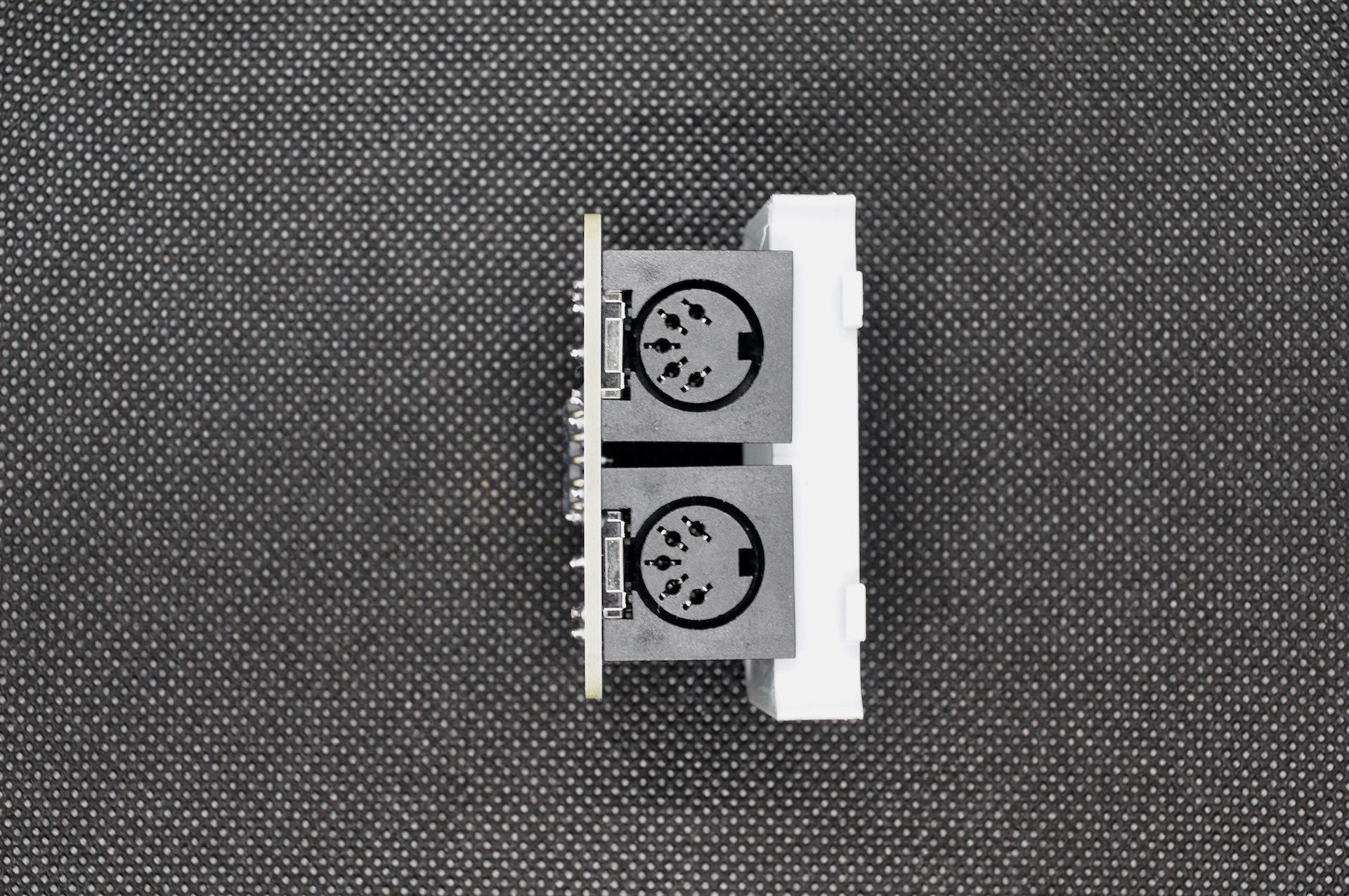M5Stack用MIDIモジュール(ケース付き)