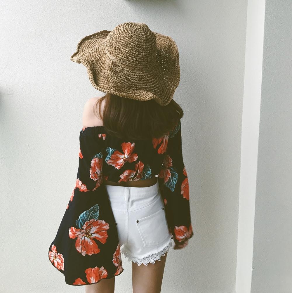 大判 花柄 フラワー 袖元 ゆったり ワイド オフショル 春夏 トップス