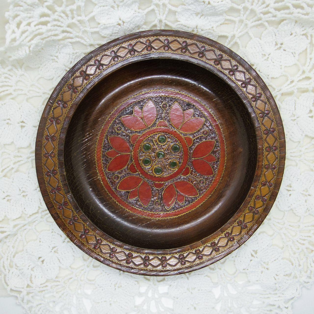 木の飾り皿①
