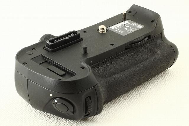Nikonニコン MB-D12 マルチパワーバッテリーパック 極上ランク/8910