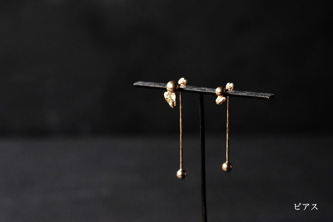 玉と振り子のピアス(gold)