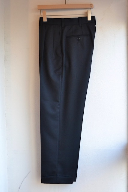 Riprap / TWO TUCK SLACKS