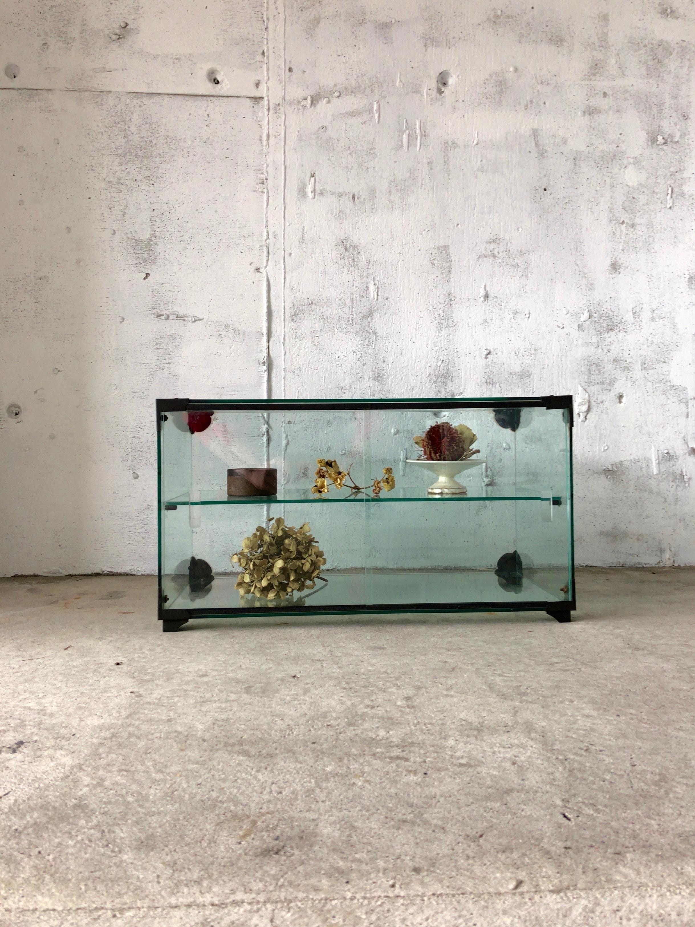 レトロなガラスケース[古家具]