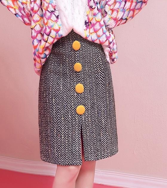 ショートスカート カジュアル ショート丈 ハイウエスト ボーダー 飾りボタン Aライン デート レディース スカート