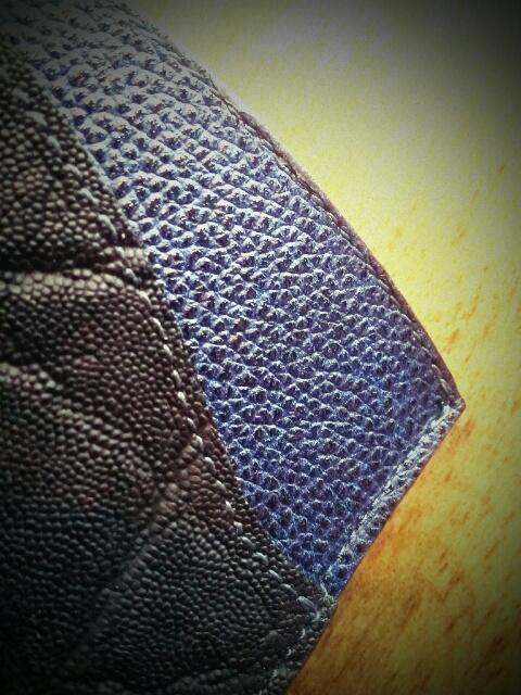 黒象藍漆牛革パスケースBH