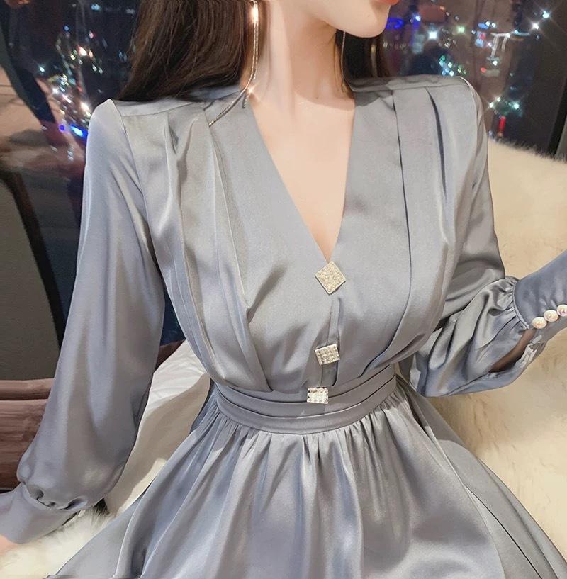 rhombus button satin dress