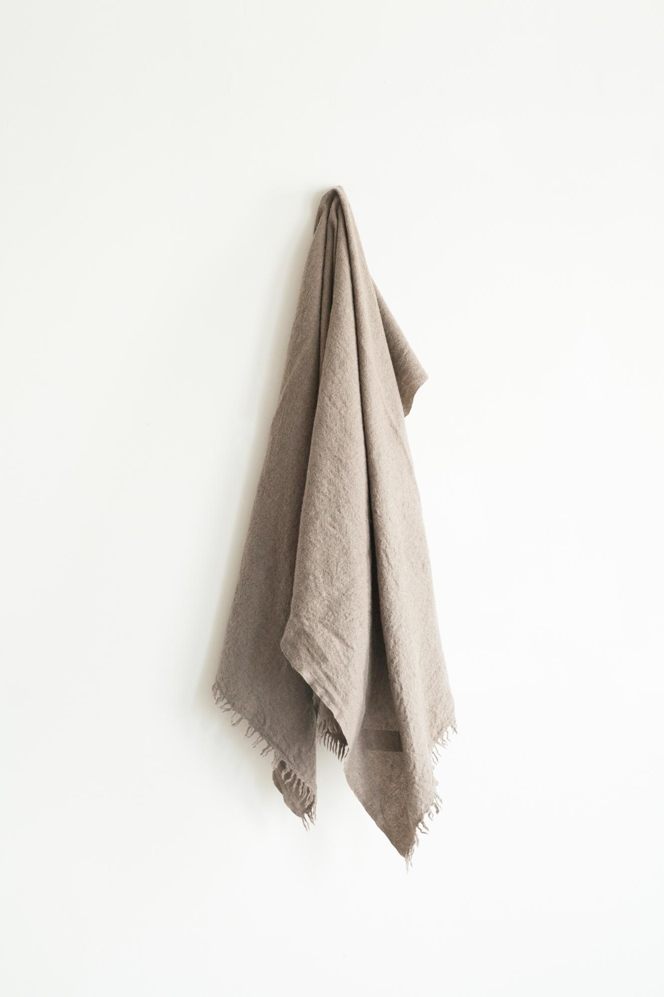 01471-2 muji stole / brown