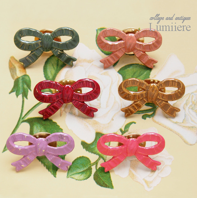 ribbon pin brooch