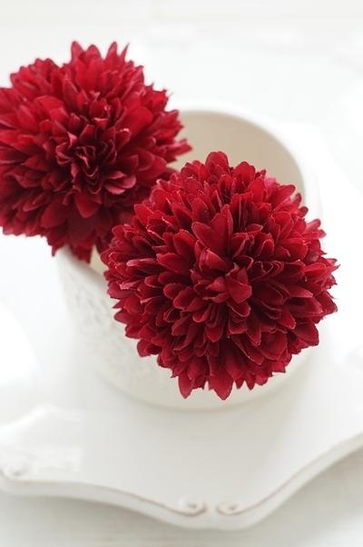 浴衣や和装に!大きめでフワフワなマム(菊)髪飾り2本セット【レッド】 [HP03]
