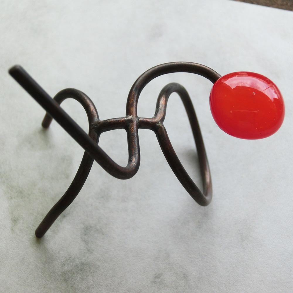 【太陽を掴んだ男】a「うぅ~、意外と重い!」 真鍮 ガラス オーナメント #ガ55