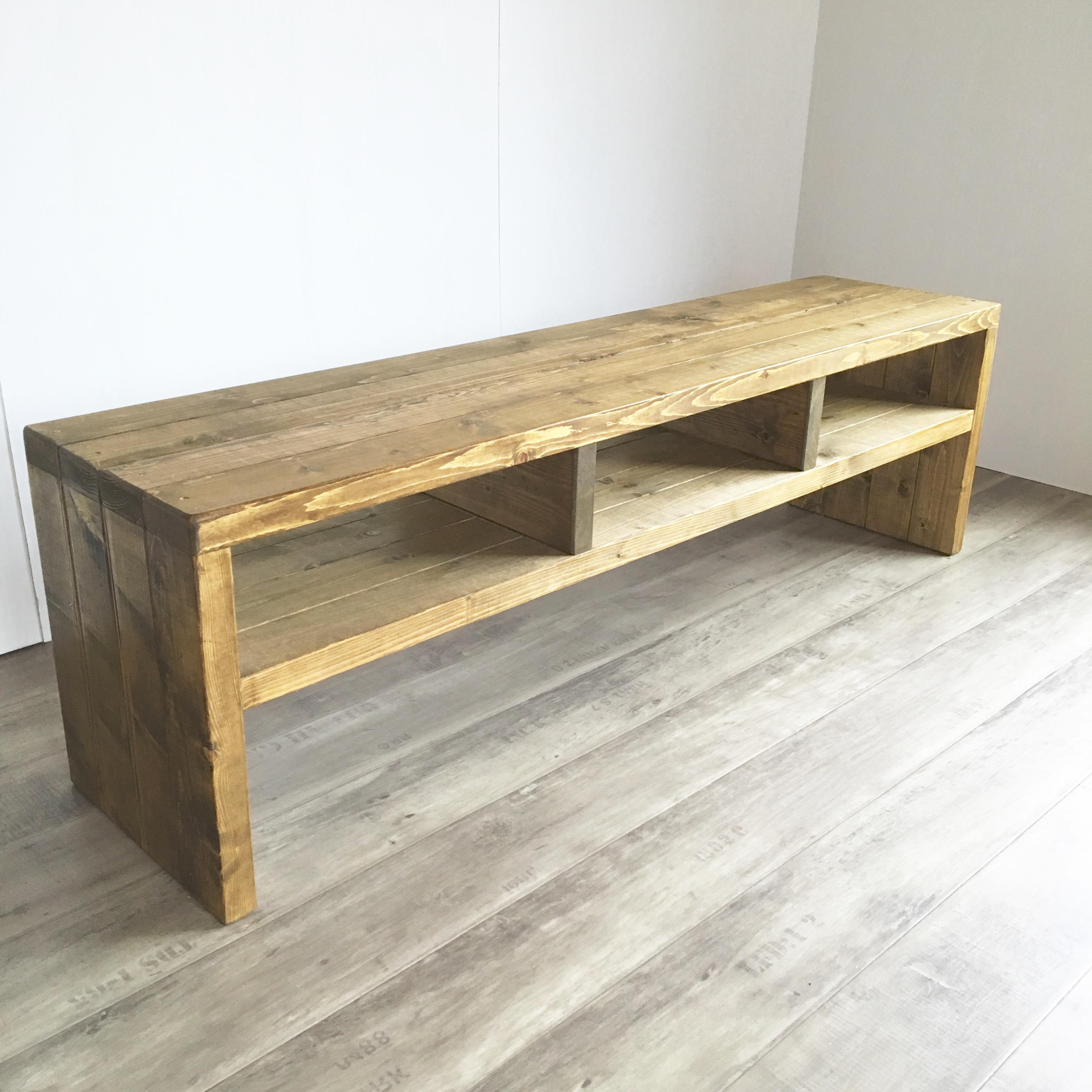 Wood TVboard A