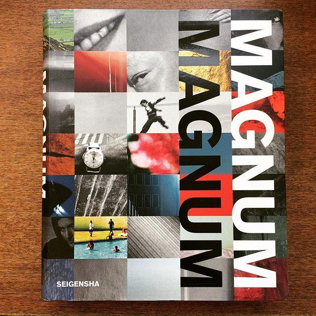 写真集「マグナム・マグナム コンパクトバージョン(日本語版)」 - 画像1