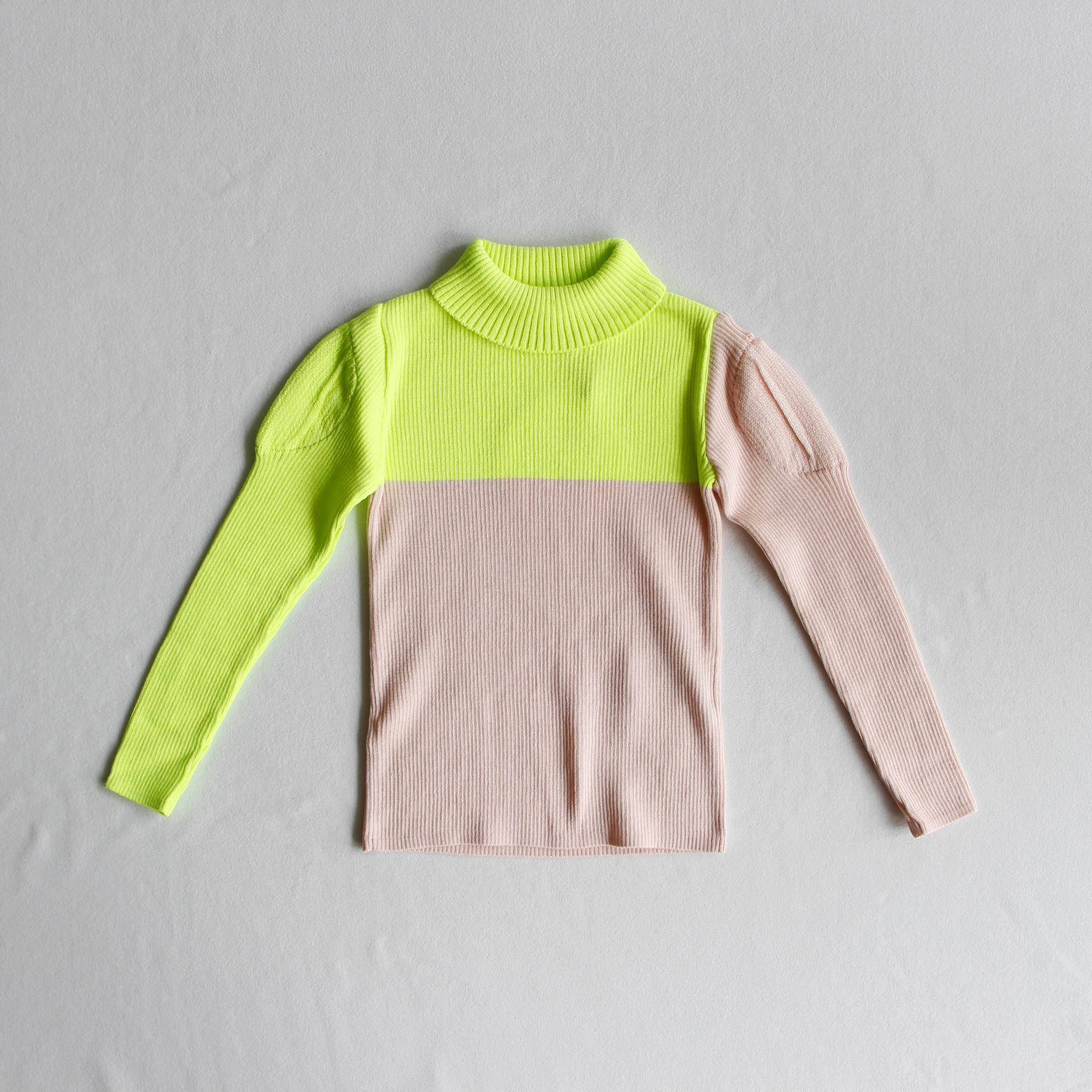 《frankygrow 2019AW》SWELL SHOULDER HIGH-NECKED KNIT / yellow × pink / LL
